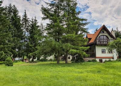 dom na mazurach przy jeziorze Jeziorowskie16