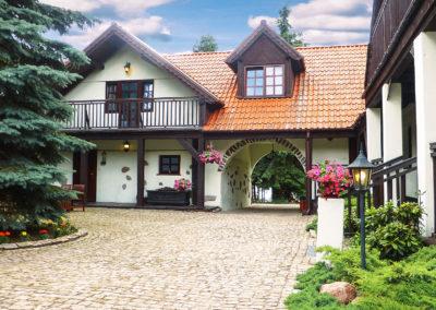 duży dom na mazurach przy jeziorze