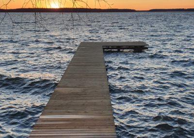 pomost - dom nad jeziorem