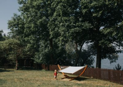 hamak-koło-domu-nad-jeziorem-gołdapiwo