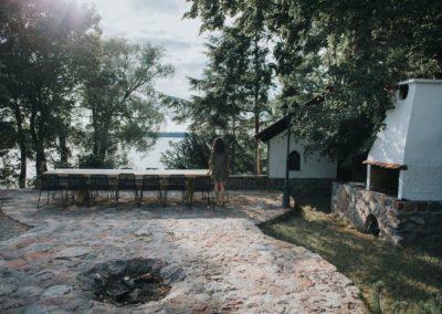 ognisko-koło-domu